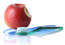 apple_and_toothbrush